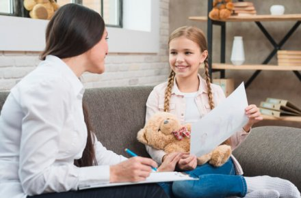 Criança precisa de psicoterapia