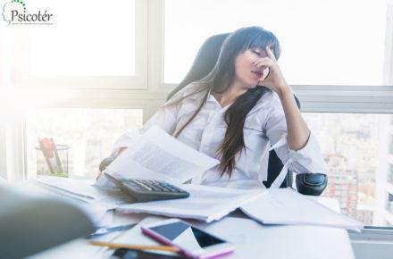 Ansiedade em mulheres, o que pode causar e alguns casos reais